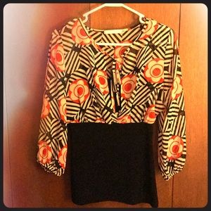 RETRO TOP SIZE LARGE. COME CHECK IT OUT!!